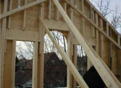 Front gable wall with cathedral ceiling in progress