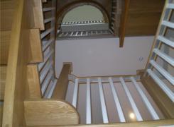 Atrium stairwell